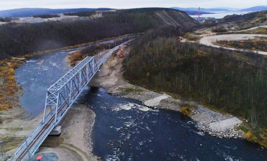 Новый мост через реку Кола